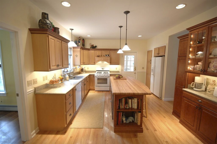 Kitchen Design and Remodeling in RI & MA Modern Yankee